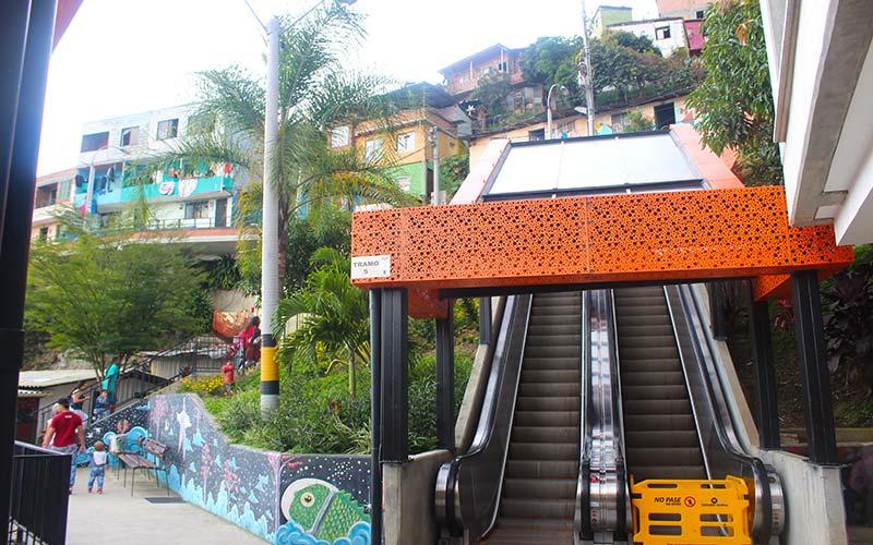Comuna 13 visitar Medellín