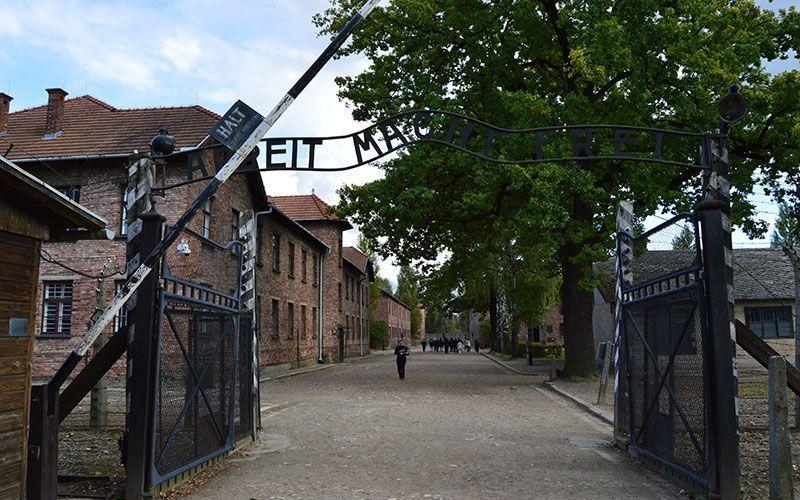 Entrada al campo de concentracion Auschwitz I
