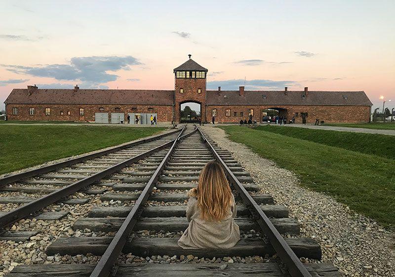 Una dura visita al campo de concentración Auschwitz Birkenau