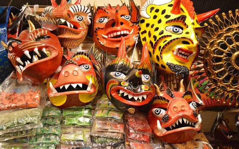 Mercado de San Pedro Cuzco