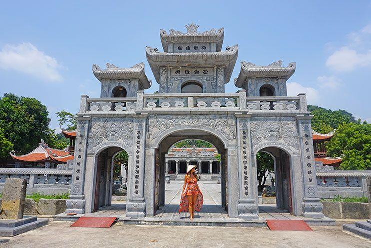 Dan Thai Vi Templo Tam Coc