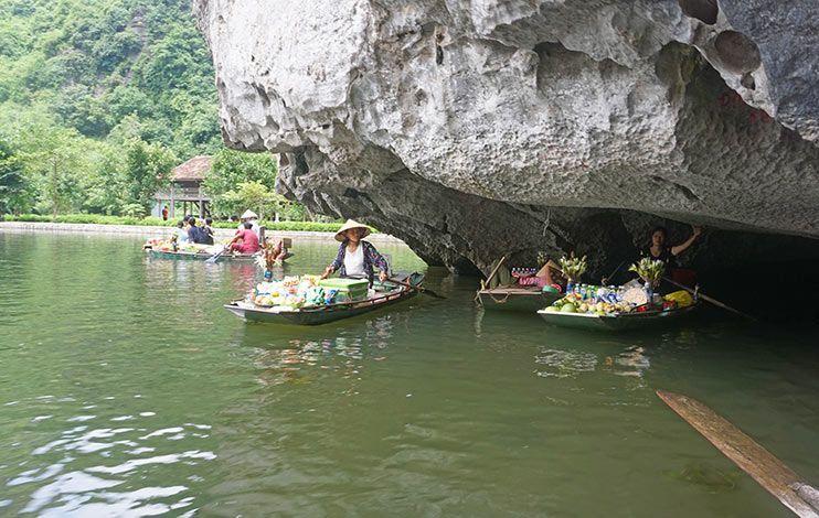 Las tres cuevas Tam Coc