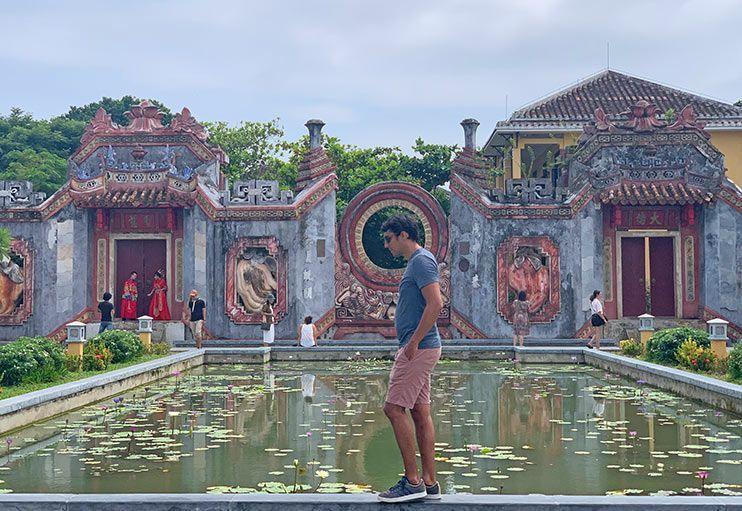 Ba Mu Temple Gate