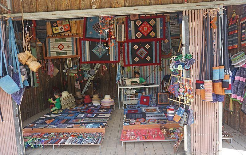 Tiendas de artesanía en Sapa