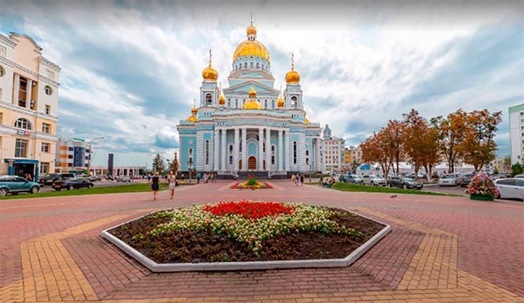 Catedral de Teodoro Ushakov Saransk