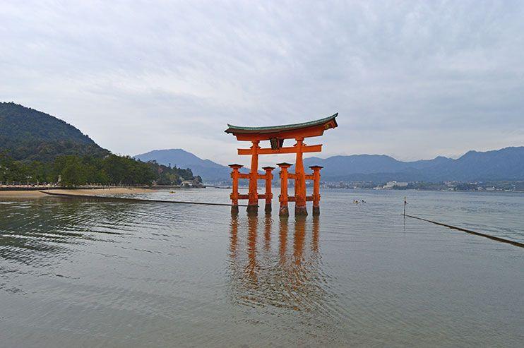 6 lugares impresicndibles que ver en Miyajima además de la isla del tori flotante ⛩