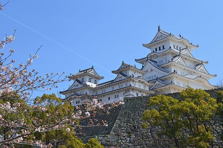 Cómo visitar el castillo de Himeji, el más concurrido de Japón 🏯