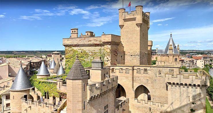Castillo de Olite: cómo visitar el Palacio Real de los Reyes de Navarra 🏰