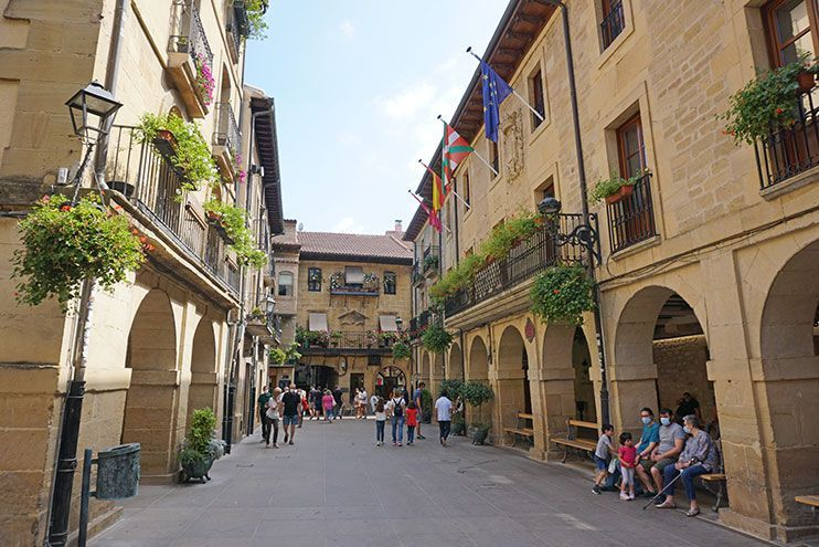 Plaza Mayor Laguardia