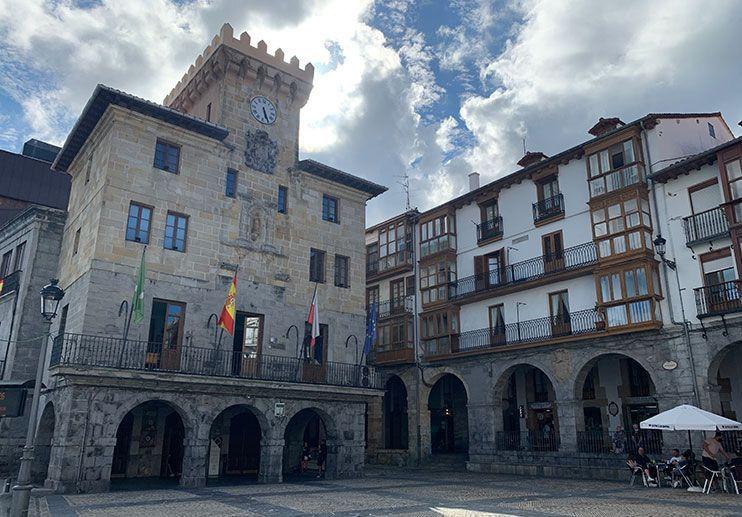 Plaza del Ayuntamiento Castro Urdiales