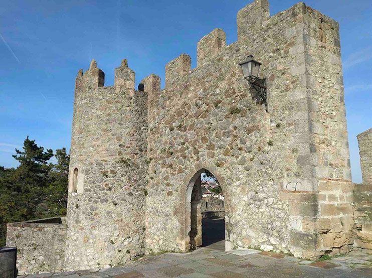 que ver en San vicente de la Barquera Castillo del Rey