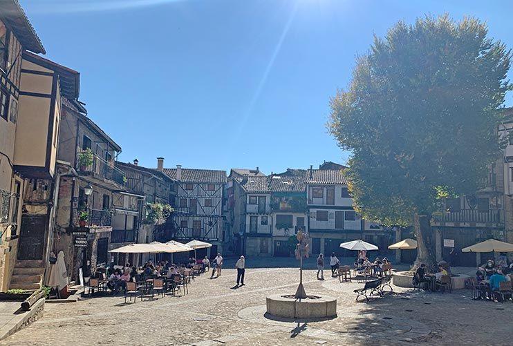 Plaza Mayor de Mogarraz