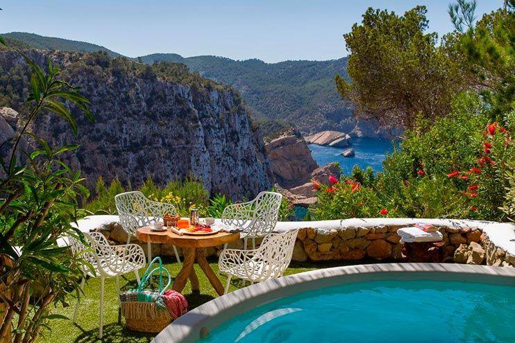 Las mejores zonas donde alojarse en Ibiza y los mejores hoteles donde dormir